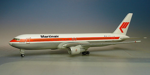 Martinair B767-300 1:500 HE504461