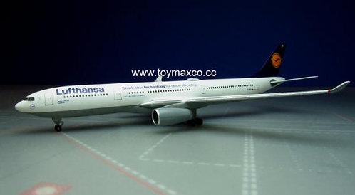 Lufthansa A330-300 D-AIKB 1:500 HE514965
