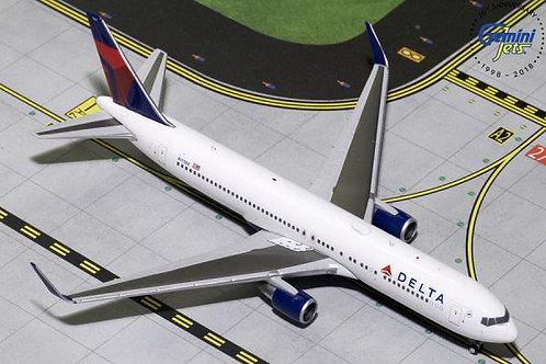 Delta B767-300ER N173DZ 1:400 GJDAL1732