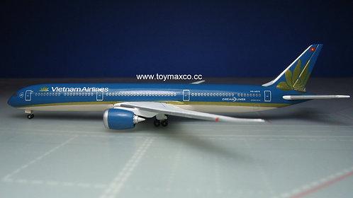Vietnam Airlines B787-10 VN-A879 1:500 HE534048