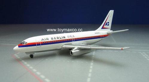 Air Berlin USA B737-200 N9020U 1:500 HE530453