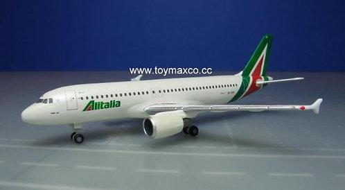 Alitalia A320 EI-DSV 1:500 HE531542