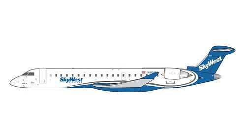Skywest CRJ-700 N604SK 1:400 GJSKW1265