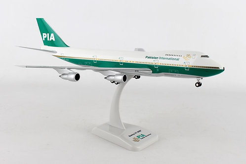 Pakistan B747-200 1:200 HG0113