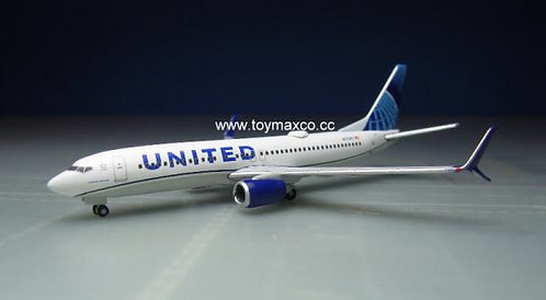 United B737-800 N37267 1:500 HE533744