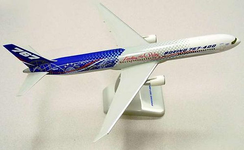 Boeing B767-400 Leading the way N76400 1:200 HG2315