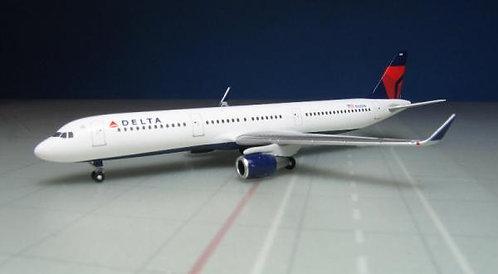 Delta A321 1:500 HE529617