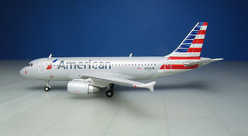 American Airlines A319 N725UW 1:400 GJAAL1315