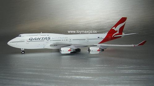 Qantas Airways B747-400ER VH-OEH 1:400 GJQFA1928