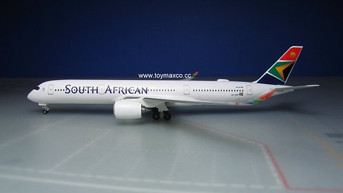 South African Airways A350-900 ZS-SDF 1:500 HE534390