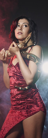 Nellina Snake W/Victor