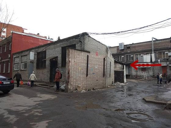 Пункт приема вторсырья и макулатуры расположен по адресу: улица Карпинского, 38к1 в Калининском районе Санкт-Петербурга.