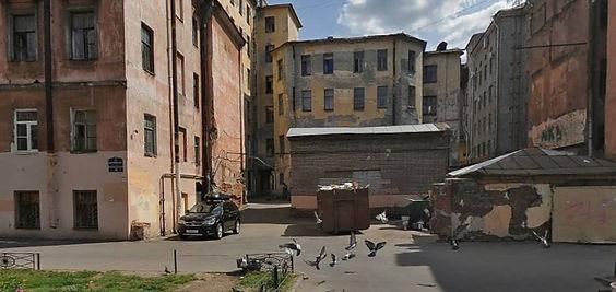 Пункт приема вторсырья и макулатуры расположен по адресу улица Достоевского, 26 в Центральном районе Санкт-Петербурга