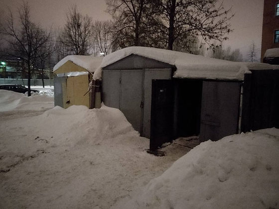Пункт приема вторичного сырья и макулатуры расположен по адресу: 18-я линия Васильевского острова, 39 в Василеостровском районе Санкт-Петербурга.