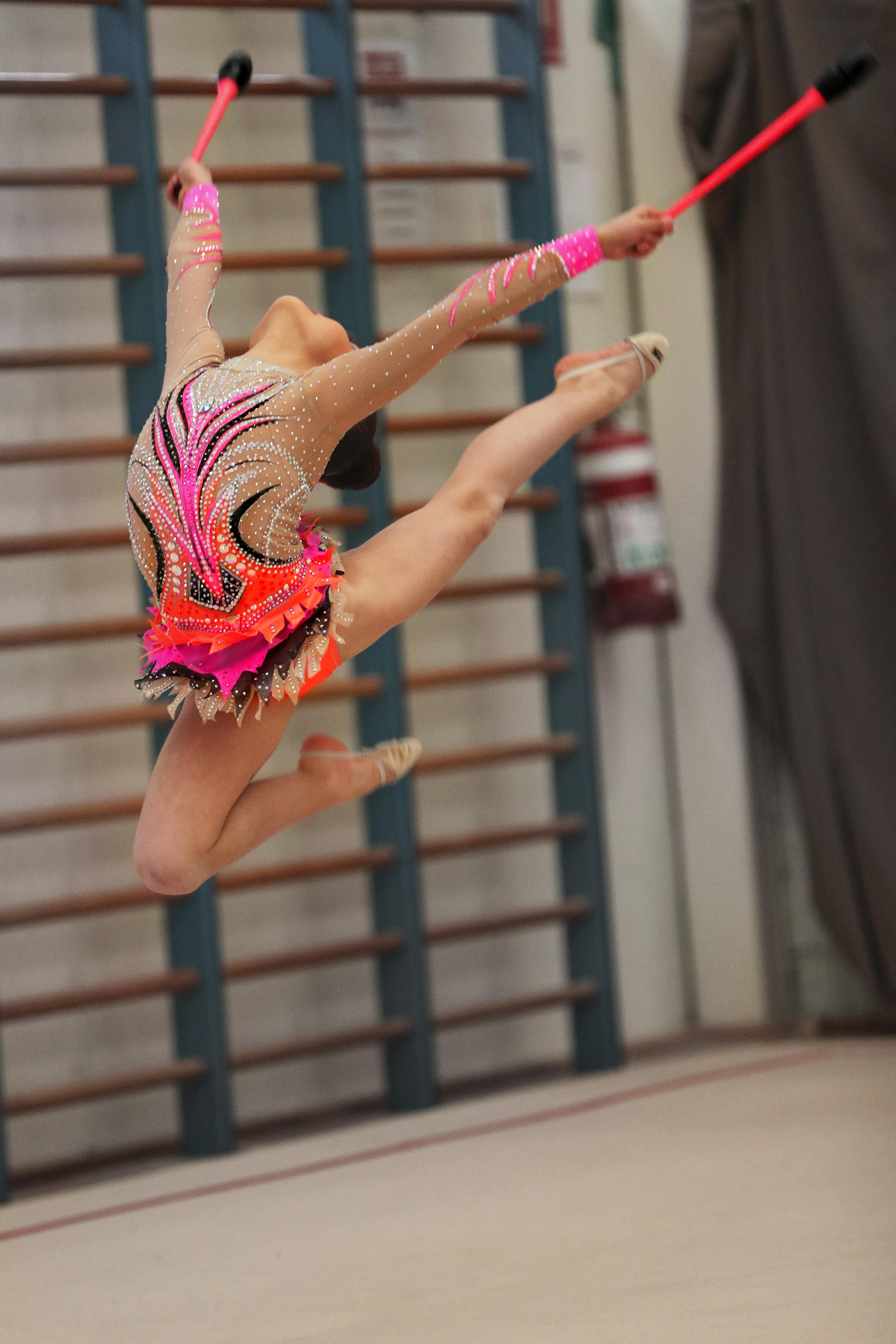 Elodie clubs jump 2017
