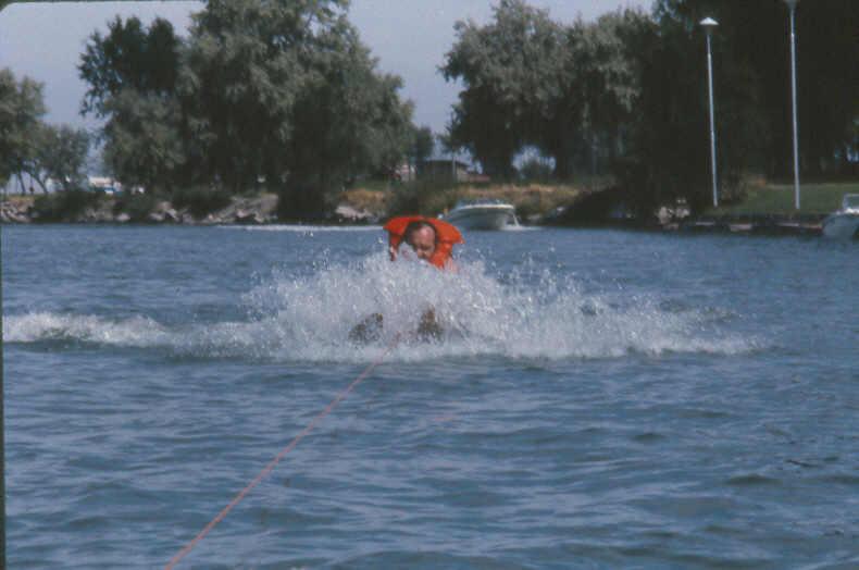 ski 7