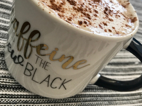 Healthy Pumpkin Spice Latte Recipe - Low Sugar, Low Carbs +The 411 on the PSL