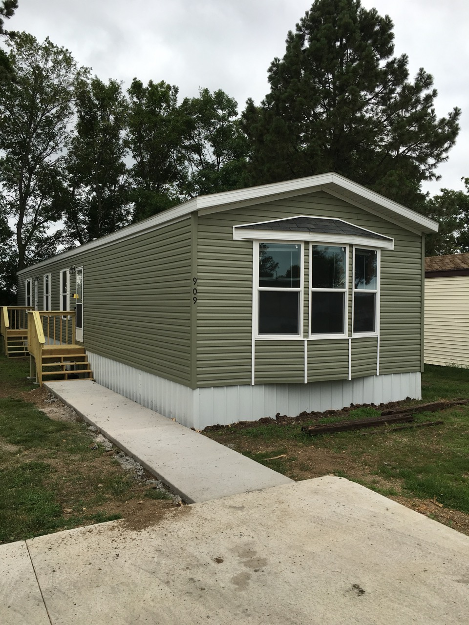 Singlewide mobile home