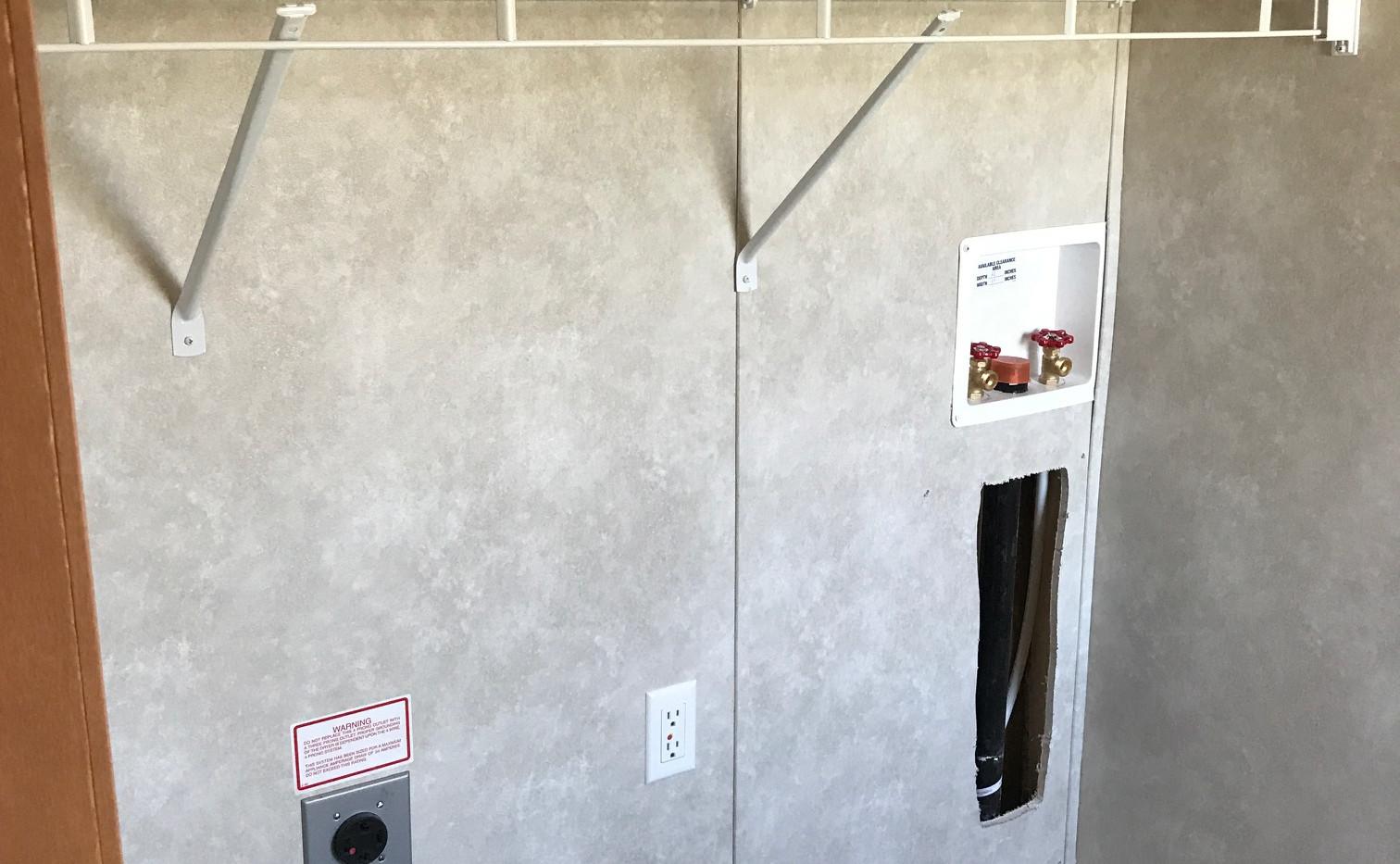 Washer Dryer Area (2).JPG