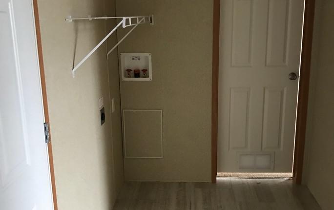 Laundry - 14x70.JPG