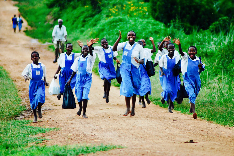 Waving Ugandan children (MJB).jpg