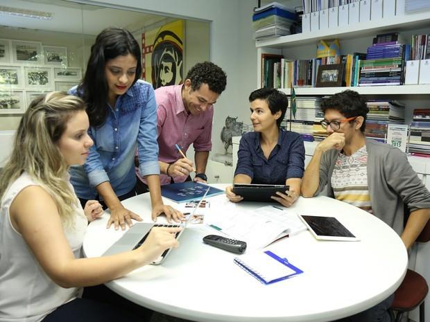 Estudantes da Graduação Tecnológica em Marketing da Unifor promovem o Marketing Day, com palestras e workshops interativos