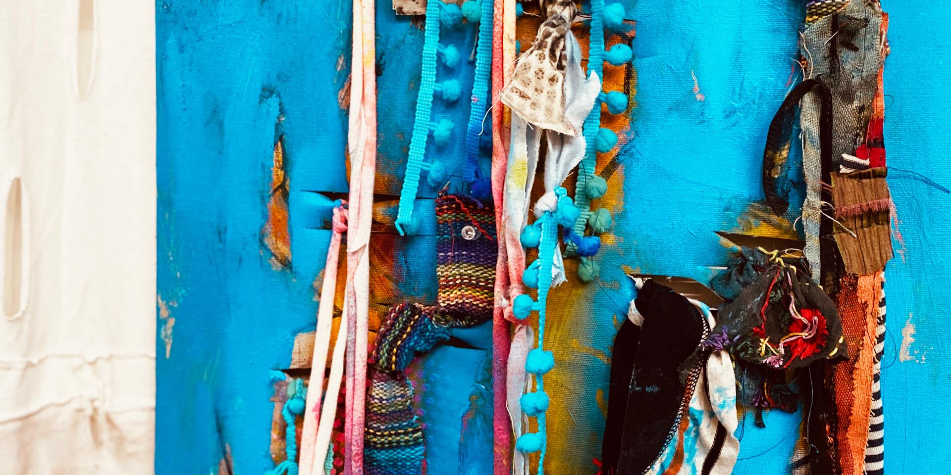 Naked Blue, closeup