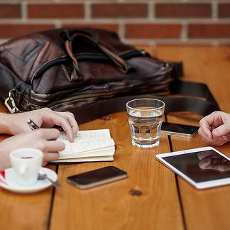 business-meeting-1238188_1280_edited.jpg