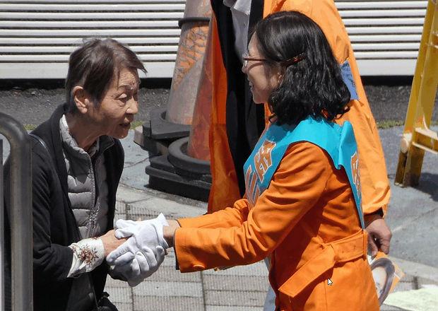 選挙活動_up.jpg