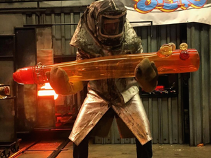 World's Largest Bong is Born in Seattle