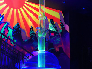 A 24-foot-tall Bong is in Downtown Las Vegas and it's Name is Bongzilla