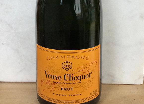Veuve Clicquot Pasardin Champagne