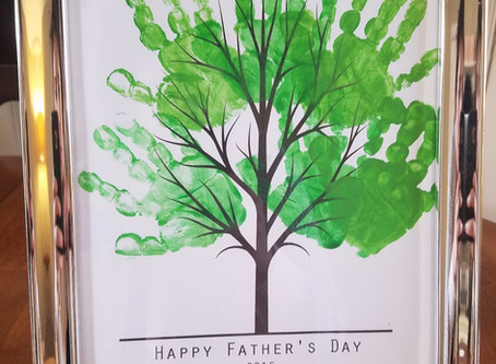 Craft Time - Hand Print Tree Father's Day