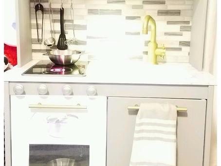 IKEA HACK - DUKTIG Play kitchen