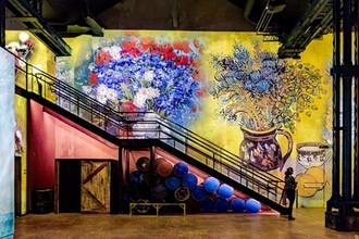 Vincent Van Gogh exposé à l'Atelier des Lumières