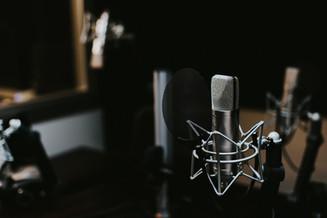 BtoB Radio.TVlève1,8 million € avec pour objectif : devenir le n°1 mondial des podcasts BtoB.