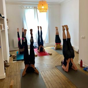 Inversion, yoga