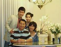 가족사진.png