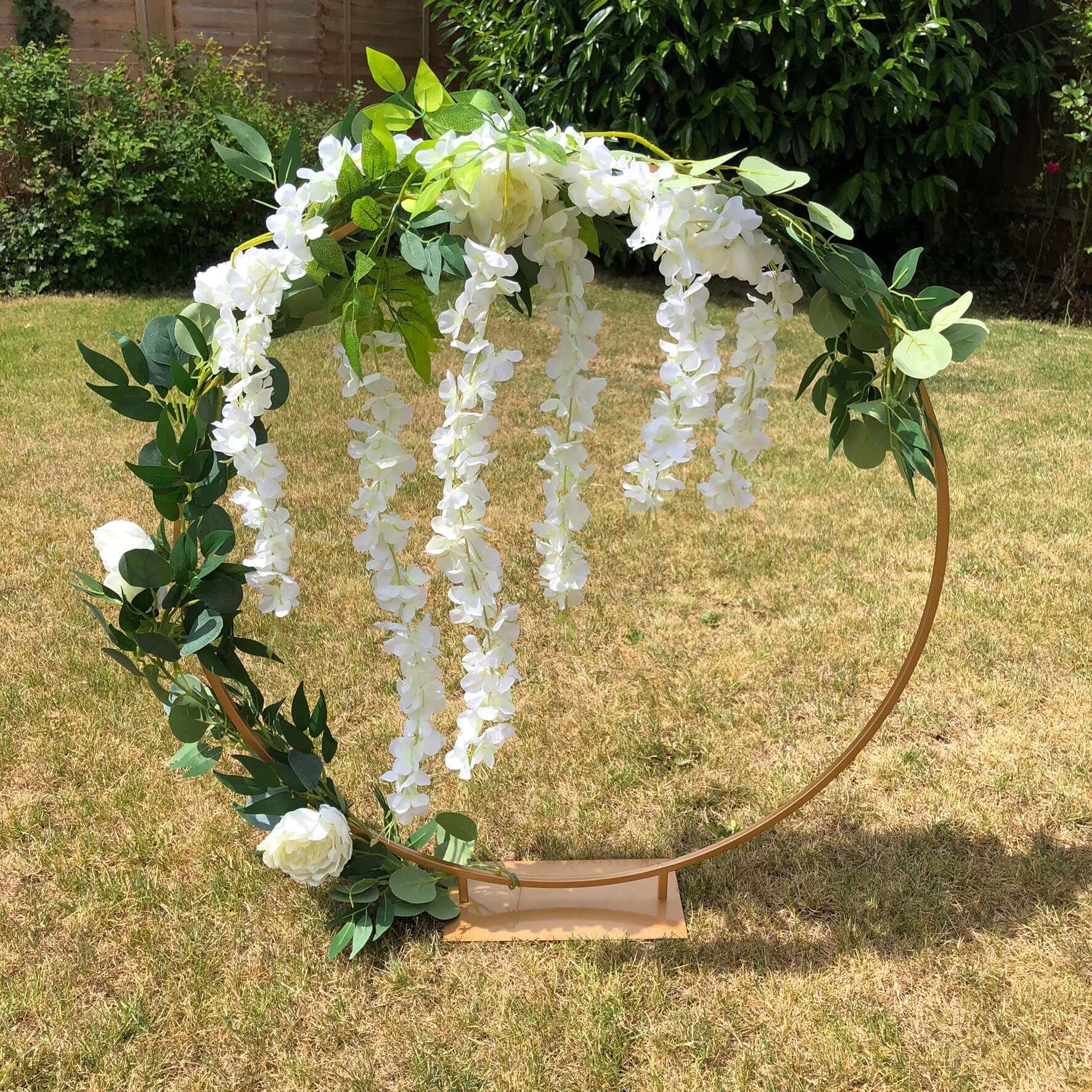 Cake_hoop_wedding
