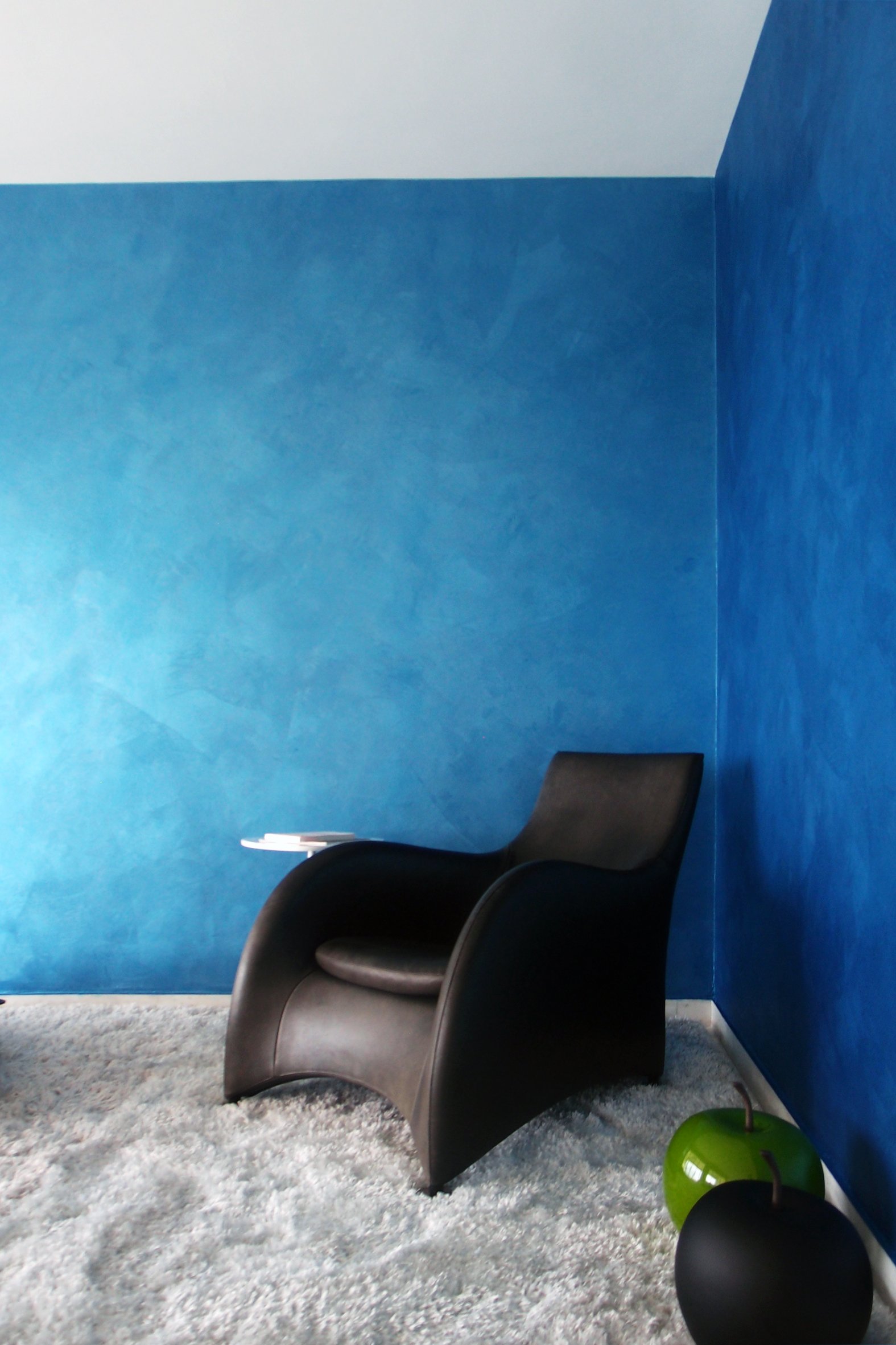 Cannes Blue #1 (wallsandwonders.com)