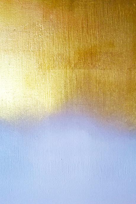 Gold to White