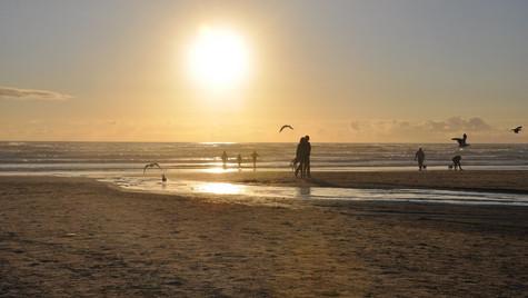 Sunset Stroll on Cannon Beach, Oregon (June 2016)