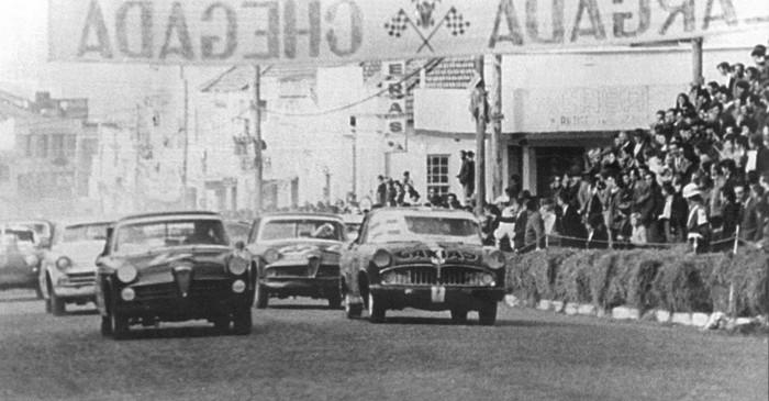 Largada da prova 6 Horas de Passo Fundo, RS, em 1966