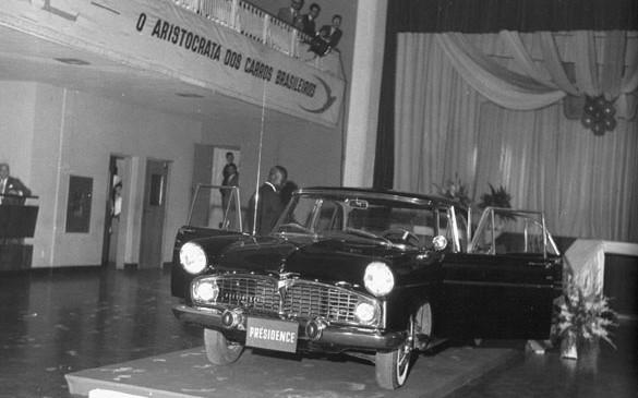 01 – Lançamento do Présidence no Clube Transatlântico, São Paulo, 30/08/1960.