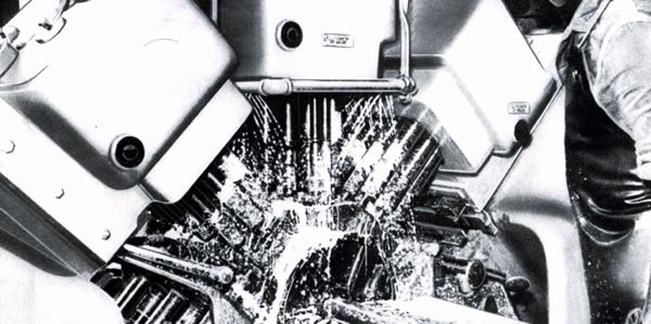 17 – Furadeira de bloco de motor – Pormenor