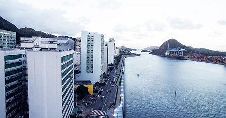 imagem aérea da baía de Vitória, ES, na Avenida Beira Mar, centro da cidade