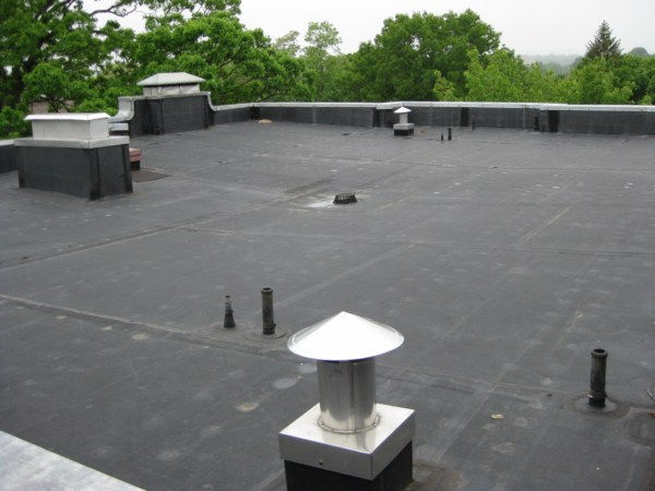 Black EPDM Rubber Roof