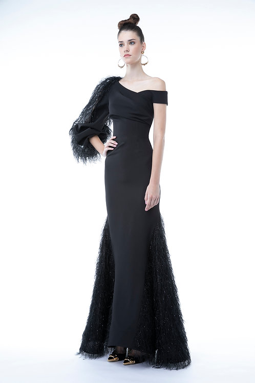 Silhouette Dress With a Feathers Arms
