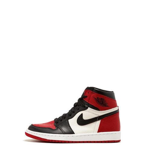 Nike Air Jordan 1 Retro  Bred Toe