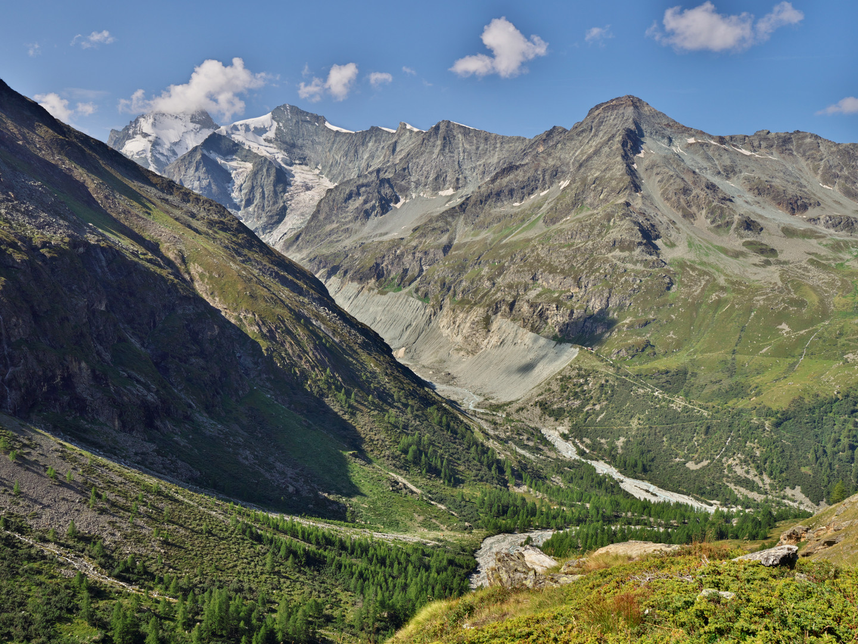 Descent from Cabane d'Arpitetta